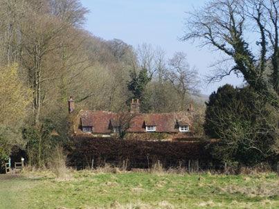 Dorton Cottage at the bottom of Church Meadow. 001(2)